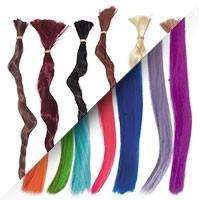 Cheveux de fibre synhétique